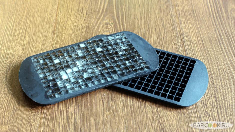 Силиконовая форма для льда в виде маленького кубика