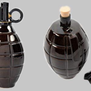 Фарфоровый штоф в виде гранаты