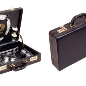 Набор подарочный в дипломате-кейсе на 4 персоны с отделкой ручной работы
