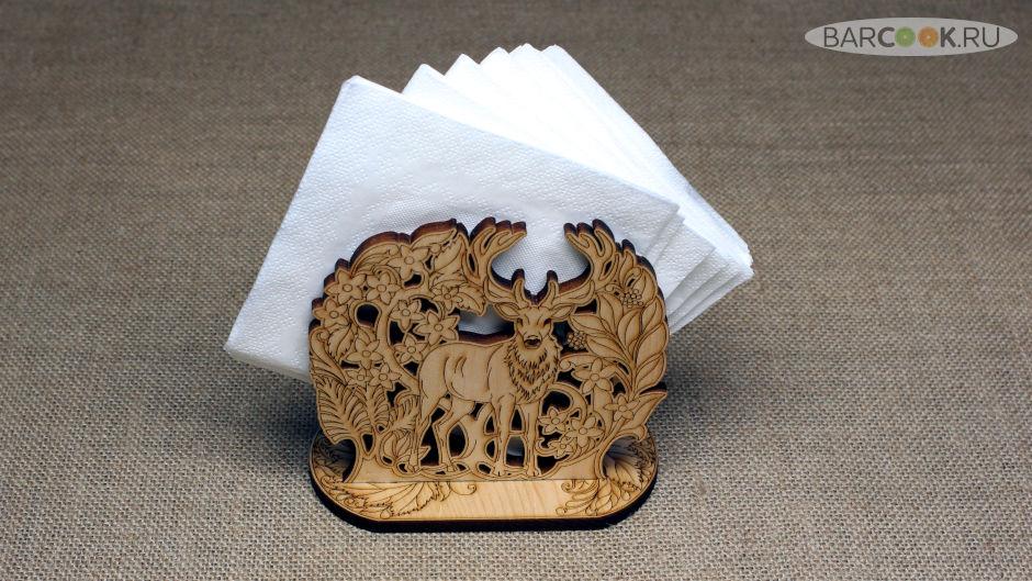 Салфетница деревянная из кедра с рисунком оленя