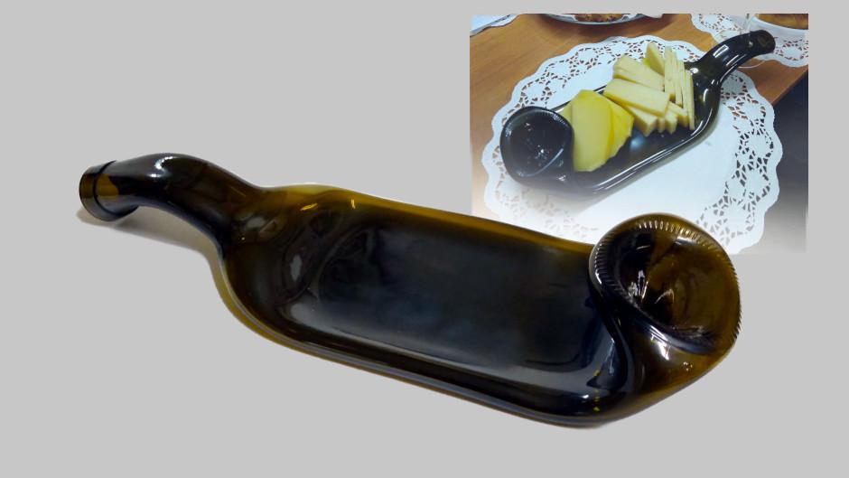 Сервировочная тарелка из винной бутылки