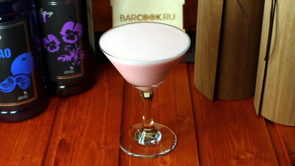 Как приготовить коктейль Цветок Магнолии (Magnolia Blossom)