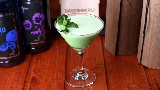 Как приготовить коктейль Кузнечик (Grasshopper)