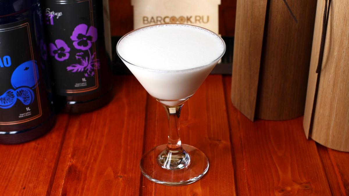 Как приготовить коктейль Панама (Panama)
